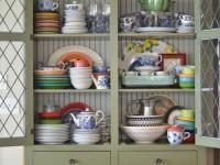 Шкаф для посуды — интересные модели, новинки сезона и самые стильные витрины этого года (100 фото)
