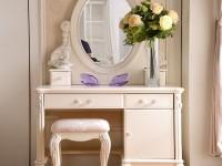 Стол с зеркалом — лучшие модели и современные материалы. 135 фото стильных столиков