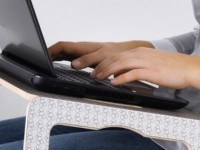 Столик для ноутбука: 100 фото функциональных, стильных и практичных моделей