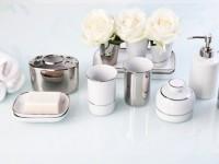 Аксессуары для ванной – особенности выбора, варианты дизайна, секреты размещения и идеи применения