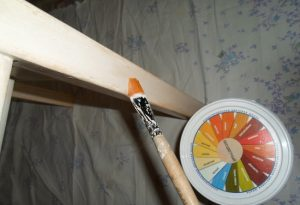 Restavratsiya-mebeli-15-1-300x205 Как обновить мебель своими руками: меняем дизайн