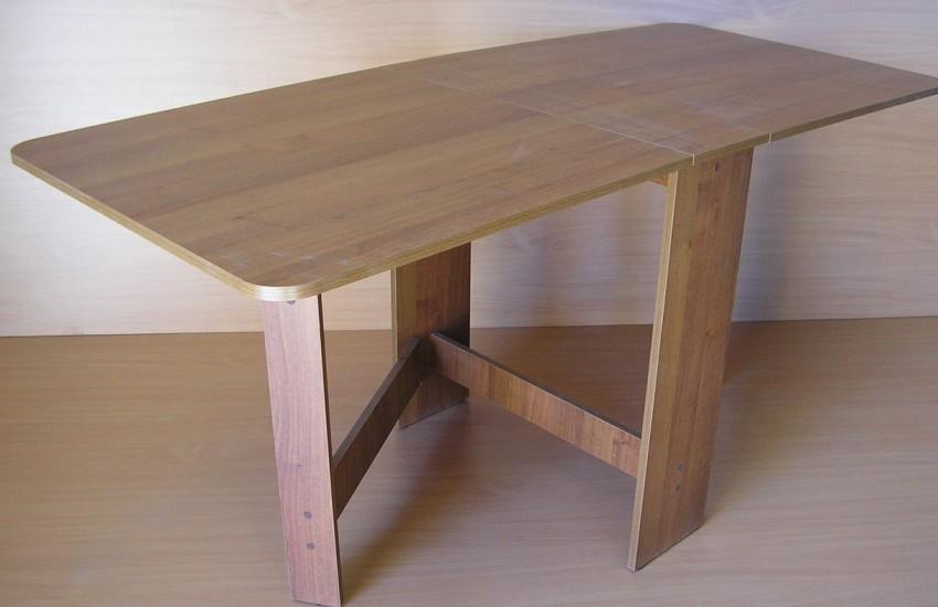 Раскладной стол (64 фото): складные пластиковые модели-трансформеры для дома в гостиную
