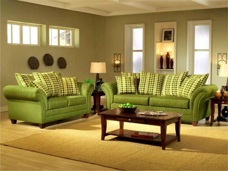 застенчивая девушка цветовое решение дивана фото для выпаривания